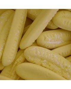 barratts giant candy foam banana flavour sweets