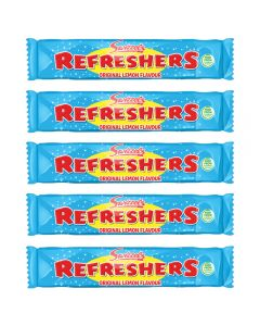 A pack of 10 original lemon flavour refreshers chew bars, the classic chewy retro sweets!